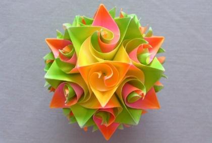 шары из цветной бумаги 1.jpg
