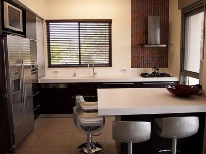 маленькая квадратная кухня1.jpg